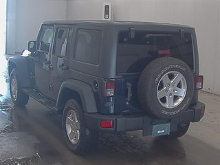 Import and buy JEEP WRANGLER UNLIMITED 2013 from Japan to Nairobi, Kenya