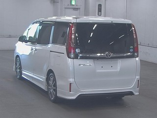 Import and buy TOYOTA ESQUIRE 2015 from Japan to Nairobi, Kenya