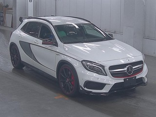 Import and buy MERCEDES BENZ GLA CLASS 2015 from Japan to Nairobi, Kenya