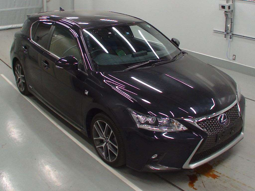 Buy/import LEXUS CT (2014) to Kenya from Japan auction