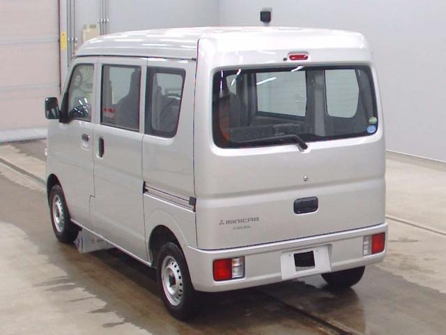 Import and buy MITSUBISHI MINICAB VAN 2019 from Japan to Nairobi, Kenya