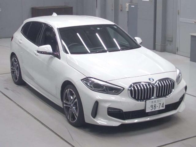 Import and buy BMW 1 SERIES 2020 from Japan to Nairobi, Kenya