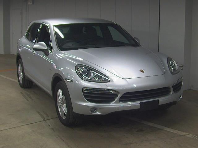 Import and buy PORSCHE CAYENNE 2013 from Japan to Nairobi, Kenya