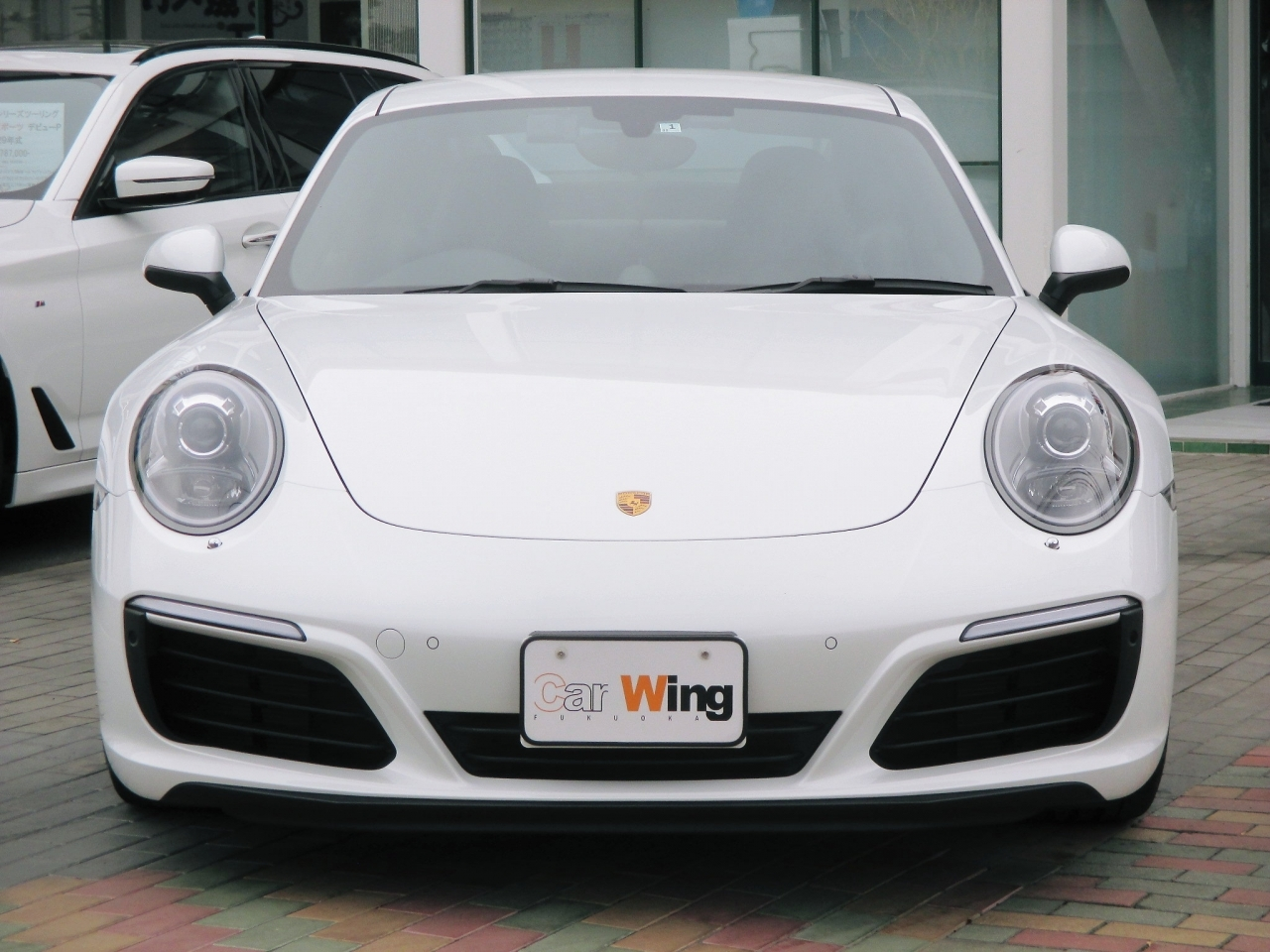 Import and buy PORSCHE 911 2017 from Japan to Nairobi, Kenya