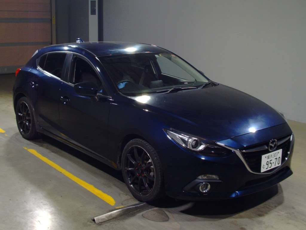 Import and buy MAZDA AXELA 2013 from Japan to Nairobi, Kenya