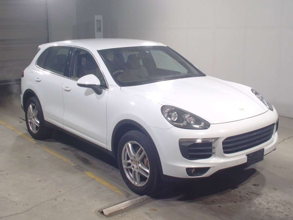 Import and buy PORSCHE CAYENNE 2015 from Japan to Nairobi, Kenya