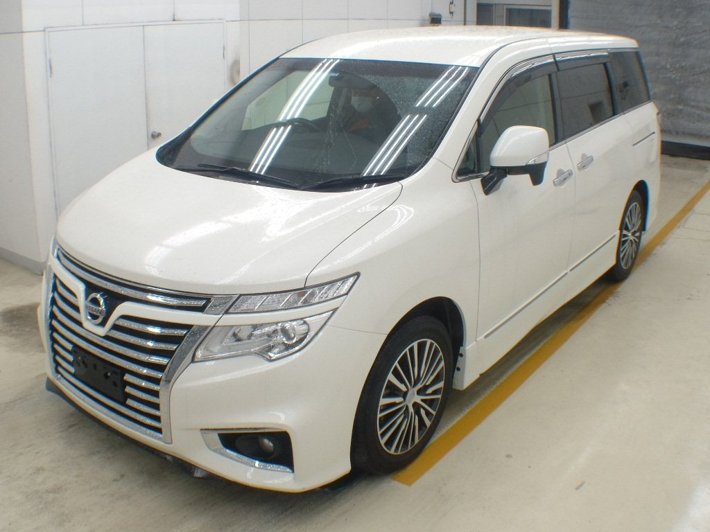 Import and buy NISSAN ELGRAND 2014 from Japan to Nairobi, Kenya
