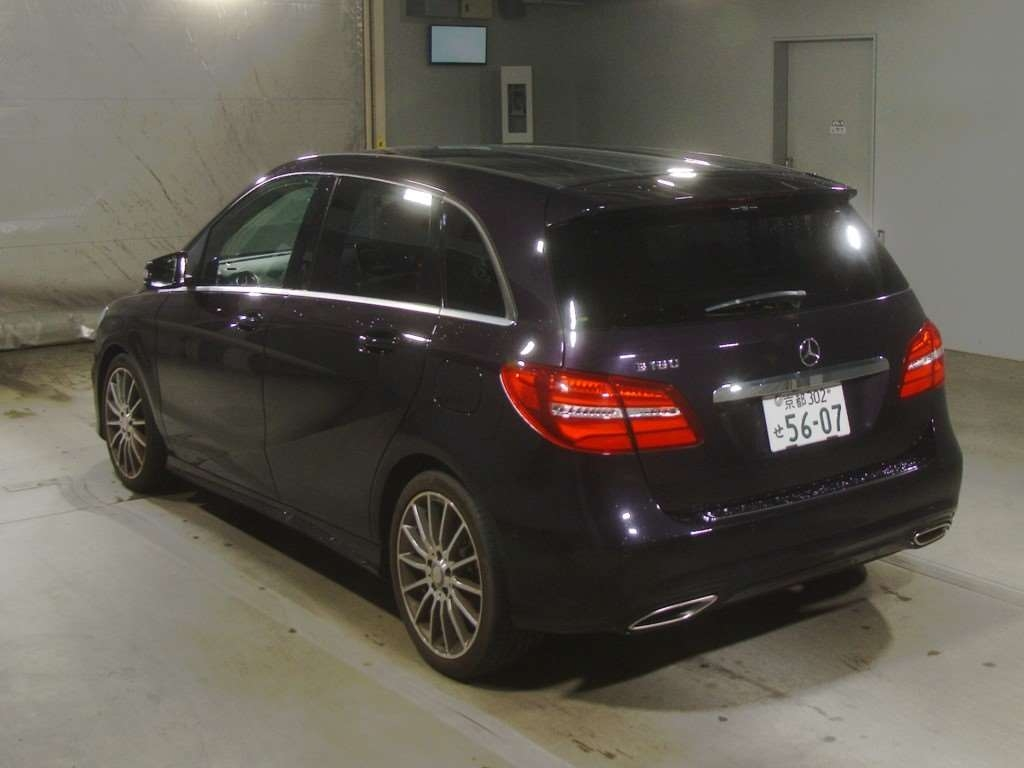 Import and buy MERCEDES BENZ B CLASS 2015 from Japan to Nairobi, Kenya