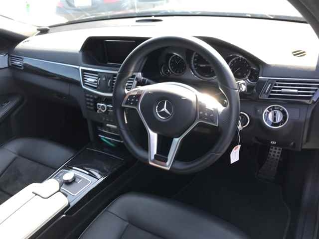 Import and buy MERCEDES BENZ E CLASS WAGON 2013 from Japan to Nairobi, Kenya