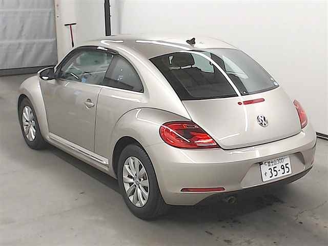 Import and buy VOLKSWAGEN THE BEETLE 2016 from Japan to Nairobi, Kenya