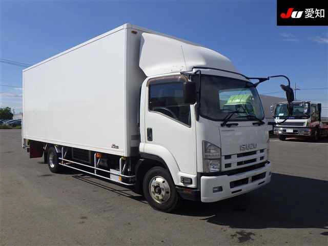Import and buy ISUZU TRUCK 2013 from Japan to Nairobi, Kenya