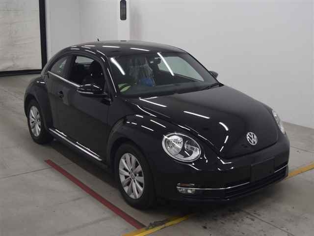 Import and buy VOLKSWAGEN THE BEETLE 2013 from Japan to Nairobi, Kenya