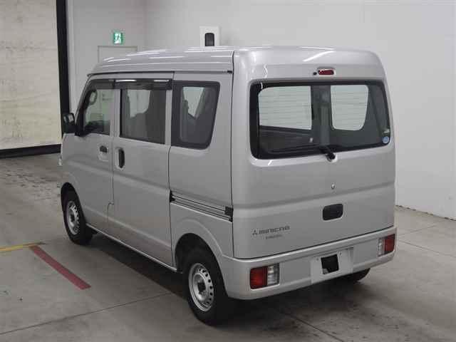 Import and buy MITSUBISHI MINICAB VAN 2017 from Japan to Nairobi, Kenya