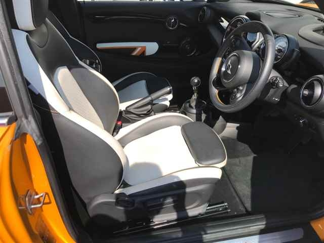 Import and buy BMW MINI 2014 from Japan to Nairobi, Kenya