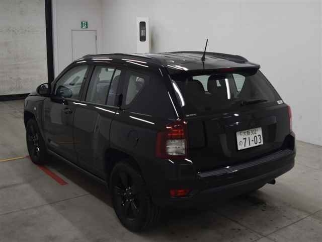 Import and buy CHRYSLER JEEP COMPASS 2014 from Japan to Nairobi, Kenya