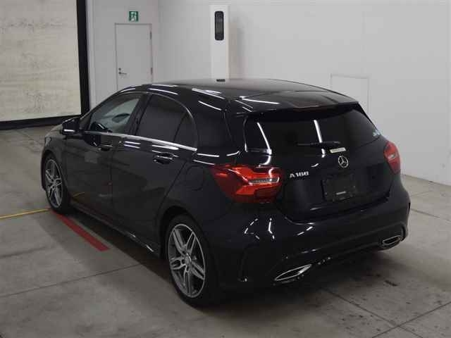 Import and buy MERCEDES BENZ A CLASS 2016 from Japan to Nairobi, Kenya