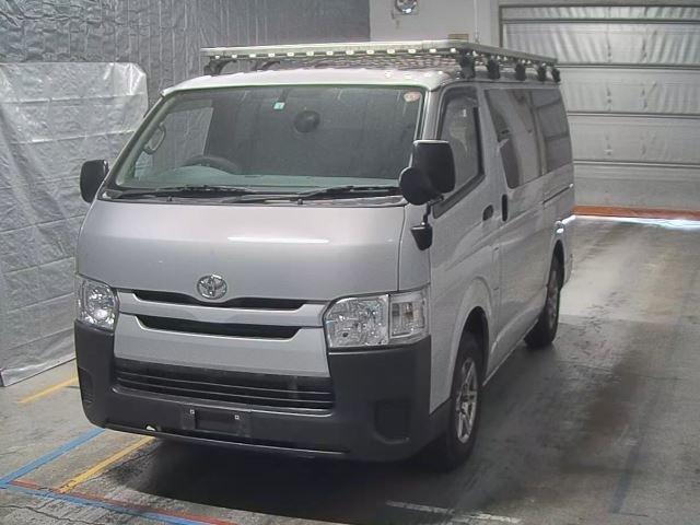 Import and buy TOYOTA HIACE VAN 2016 from Japan to Nairobi, Kenya