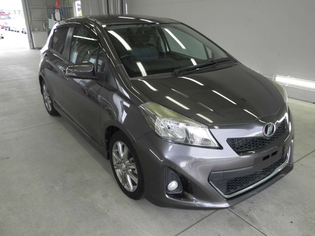 Buy/import TOYOTA VITZ (2011) to Kenya from Japan auction