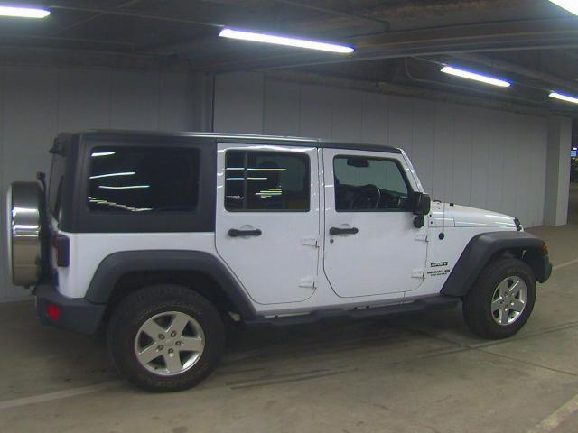 Import and buy JEEP WRANGLER 2014 from Japan to Nairobi, Kenya