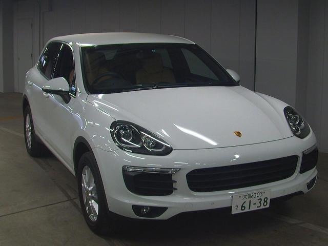 Import and buy PORSCHE CAYENNE 2016 from Japan to Nairobi, Kenya