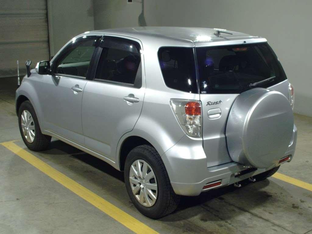 Kelebihan Toyota Rush 2014 Tangguh