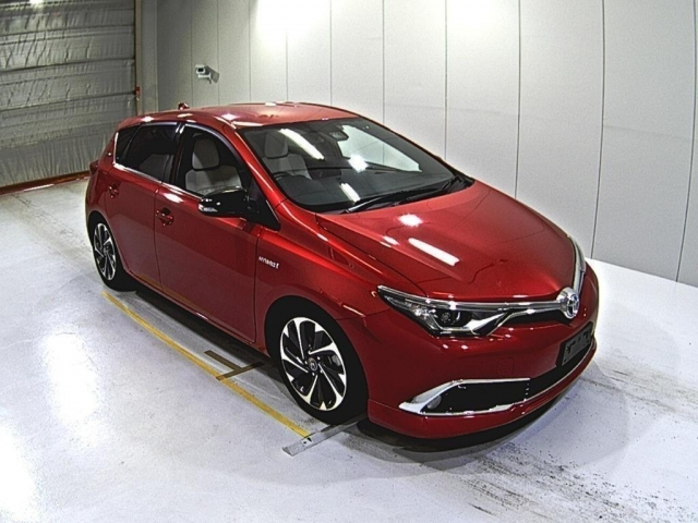 Import and buy TOYOTA AURIS 2016 from Japan to Nairobi, Kenya