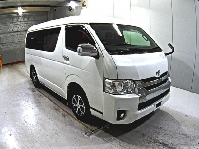 Import and buy TOYOTA HIACE 2018 from Japan to Nairobi, Kenya