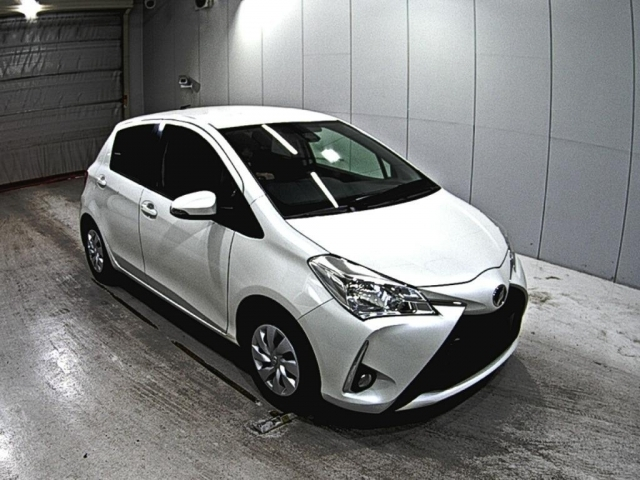 Import and buy TOYOTA VITZ 2018 from Japan to Nairobi, Kenya