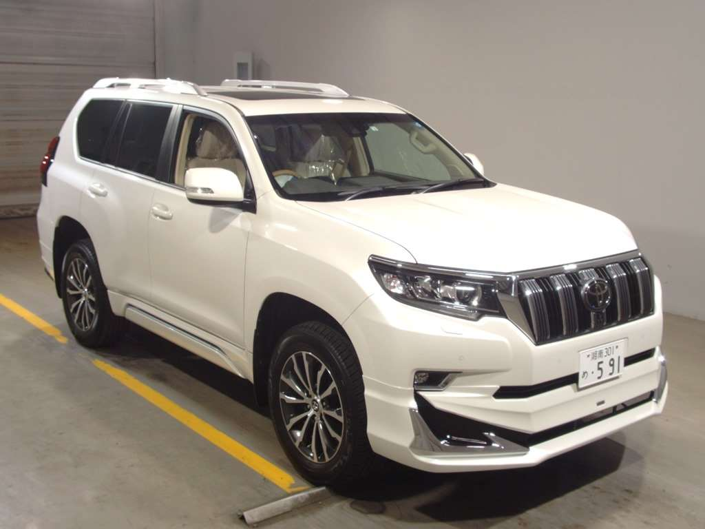 Buy/import TOYOTA LAND CRUISER PRADO (2018) to Kenya from