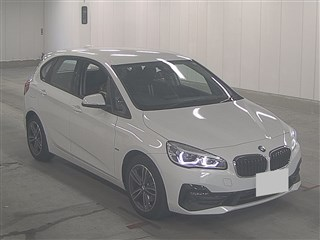 Import and buy BMW 2 SERIES 2018 from Japan to Nairobi, Kenya