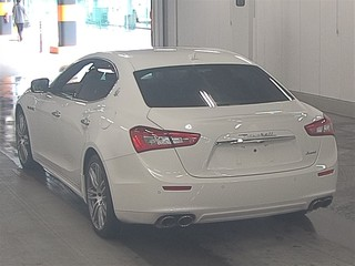 Import and buy MASERATI GHIBLI 2015 from Japan to Nairobi, Kenya