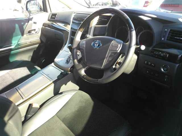 Import and buy TOYOTA VELLFIRE 2014 from Japan to Nairobi, Kenya