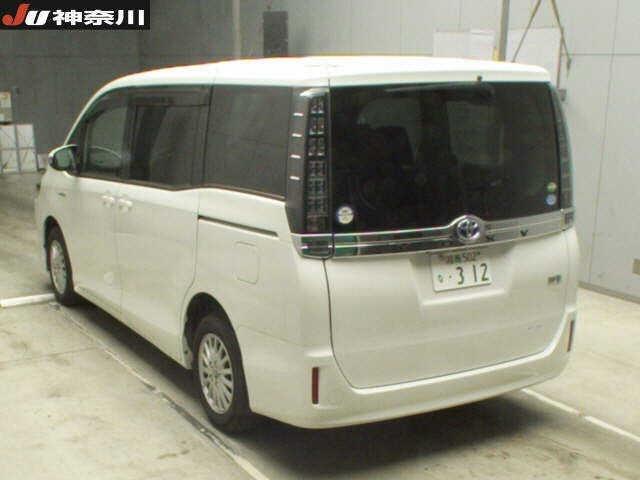 Import and buy TOYOTA VOXY 2014 from Japan to Nairobi, Kenya