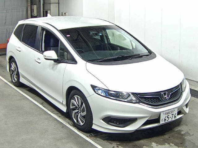 Import and buy HONDA JADE 2016 from Japan to Nairobi, Kenya
