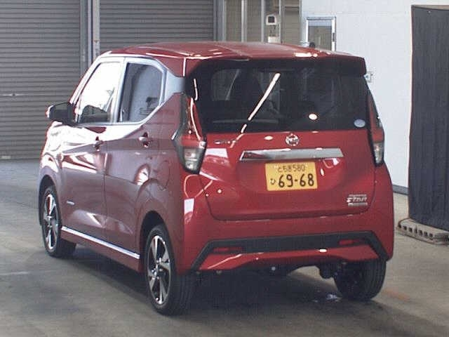 Import and buy NISSAN DAYZ 2019 from Japan to Nairobi, Kenya