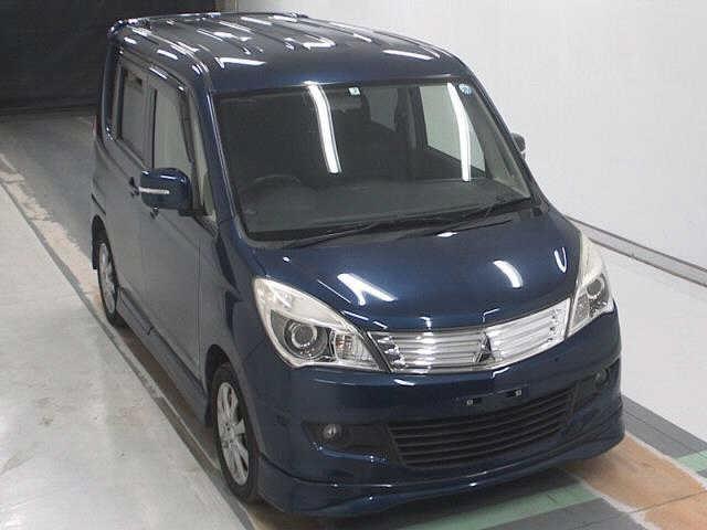 Import and buy MITSUBISHI DELICA D2 2013 from Japan to Nairobi, Kenya