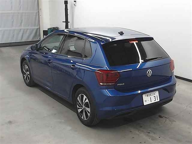 Import and buy VOLKSWAGEN POLO 2018 from Japan to Nairobi, Kenya