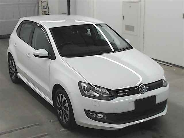 Import and buy VOLKSWAGEN POLO 2016 from Japan to Nairobi, Kenya