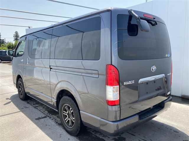 Import and buy TOYOTA HIACE VAN 2014 from Japan to Nairobi, Kenya