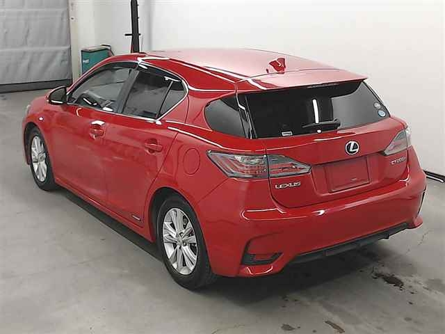 Import and buy LEXUS CT 2015 from Japan to Nairobi, Kenya