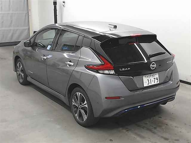 Import and buy NISSAN LEAF 2019 from Japan to Nairobi, Kenya