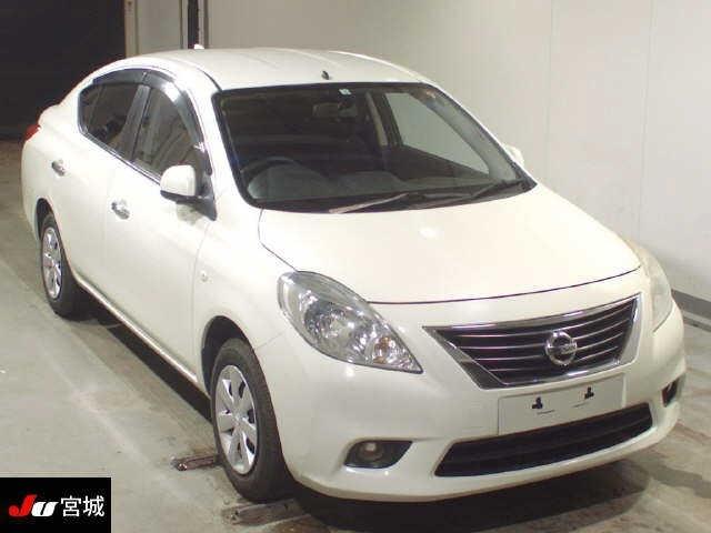 Import and buy NISSAN TIIDA LATIO 2014 from Japan to Nairobi, Kenya
