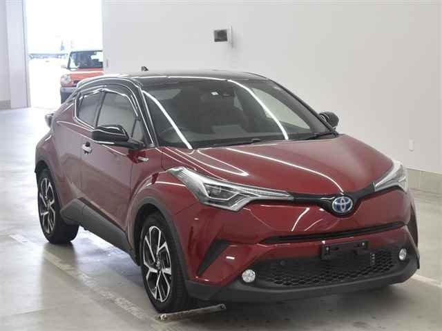 Import and buy TOYOTA C-HR 2018 from Japan to Nairobi, Kenya