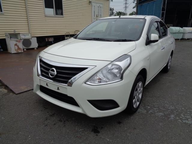 Import and buy NISSAN TIIDA LATIO 2015 from Japan to Nairobi, Kenya