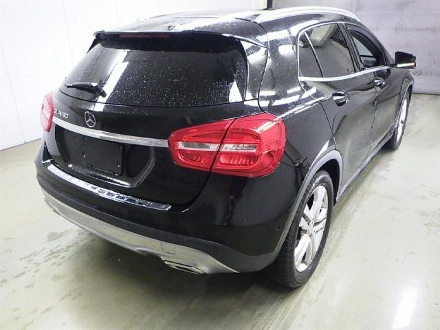 Import and buy MERCEDES BENZ GLA CLASS 2016 from Japan to Nairobi, Kenya