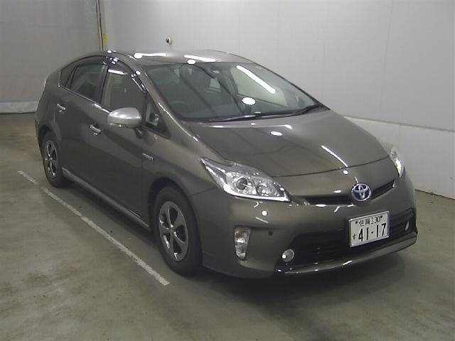 Import and buy TOYOTA PRIUS 2014 from Japan to Nairobi, Kenya