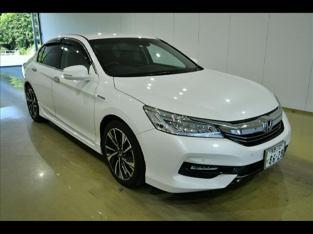 Import and buy HONDA ACCORD 2016 from Japan to Nairobi, Kenya