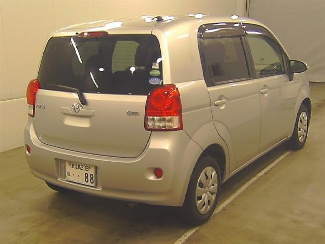 Import and buy TOYOTA PORTE 2013 from Japan to Nairobi, Kenya