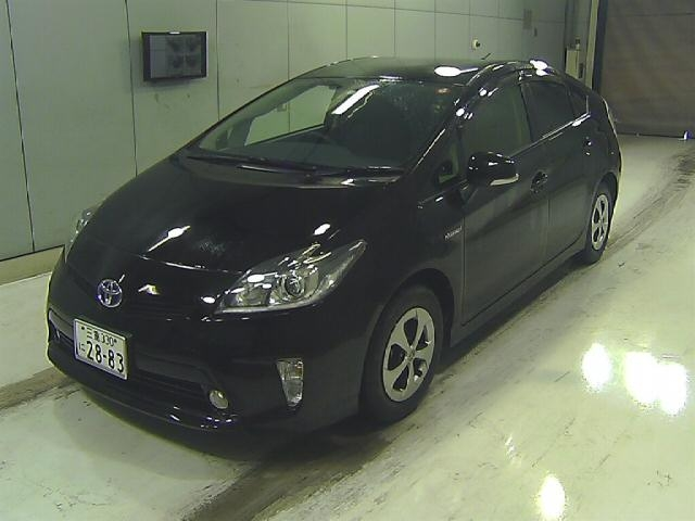 Import and buy TOYOTA PRIUS 2014 from Japan to Nairobi, Kenya