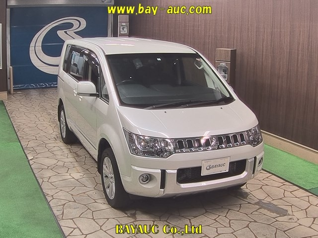 Import and buy MITSUBISHI OTHER 2017 from Japan to Nairobi, Kenya